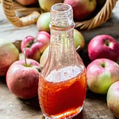 Homemade Pure Apple Syrup