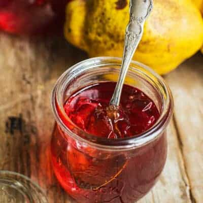 Sweet Vanilla Scented Quince Jelly