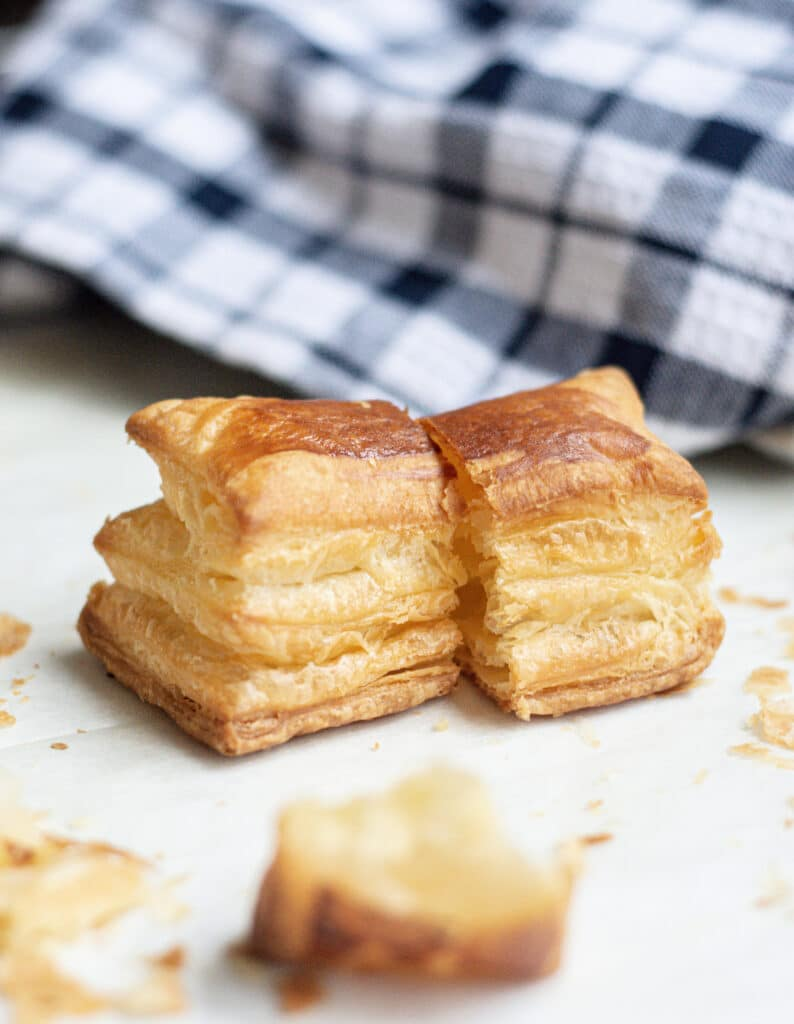 cut puff pastry